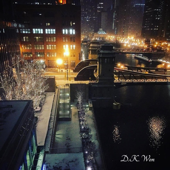 Chicago_Night_Snow_[1]